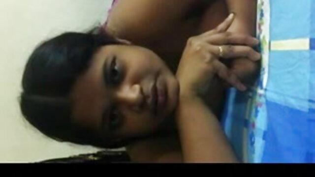 সুন্দরী বাংলা মা ছেলে sex বালিকা