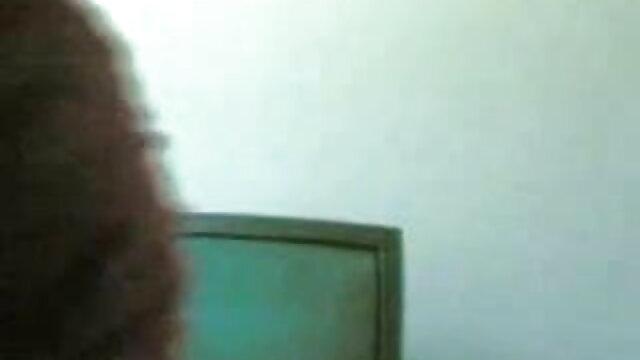 লাল চুলের, সুন্দরি সেক্সি বাংলা কচি মেয়ের সেক্স ভিডিও মহিলার