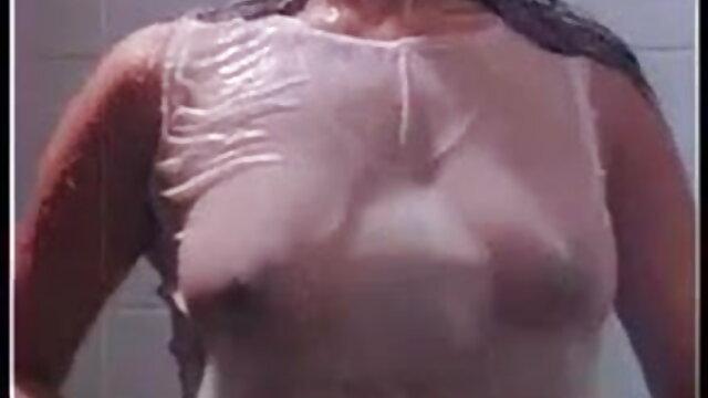 মা বাংলা sax video ছিল একটি চমৎকার দম্পতি, মধ্যে ত্রয়ী সঙ্গে তরুণ
