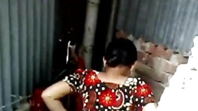 The xnxx বাংলা com lady in the hat