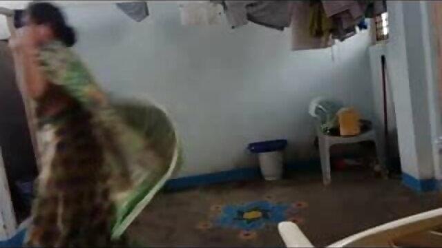 সুন্দরি সেক্সি মহিলার, হাতের কাজ, বাঁড়ার রস খাবার, ব্লজব বাংলা দেশি xnxx