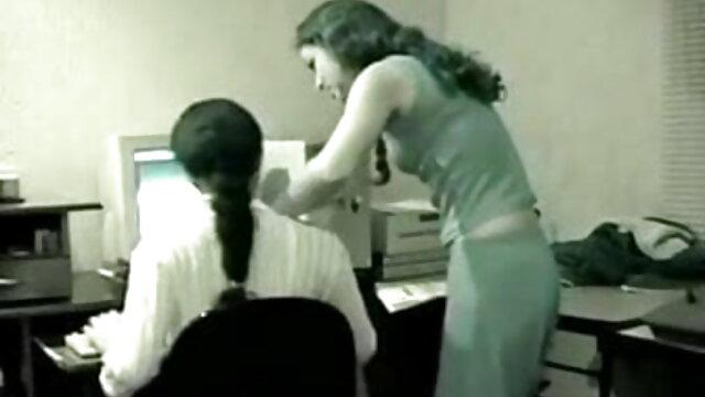 বহু পুরুষের এক নারির, www বাংলা xxx video com এক মহিলা বহু পুরুষ,