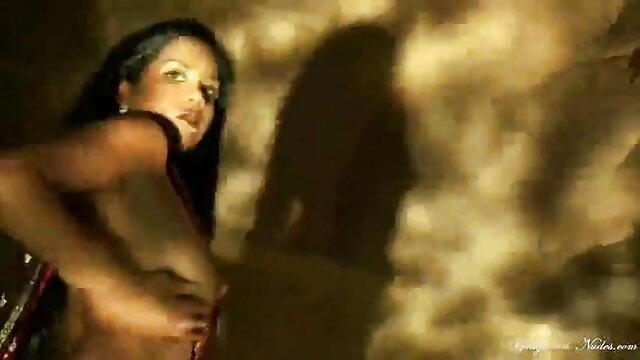 দ্বৈত মেয়ে xnxxcom বাংলা ও এক পুরুষ, প্রচণ্ড উত্তেজনা