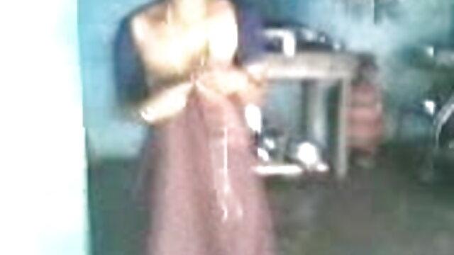 বড়ো পোঁদ সুন্দরি সেক্সি মহিলার মেয়েদের হস্তমৈথুন xxx videos বাংলা