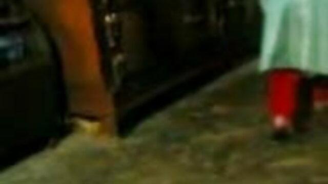 বৃত্তাকার বাংলাsex video com কানের দুল সঙ্গে, কঙ্গো পায়ূ সেক্স বন্ধুদের সাথে আকর্ষক হয়