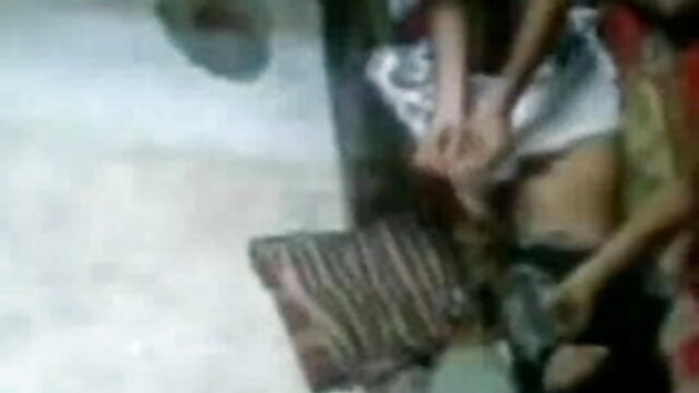 সুন্দরি সেক্সি মহিলার লাল চুলের ছেলেদের হয় www বাংলা xxx তার উপর ঐ পালঙ্ক.
