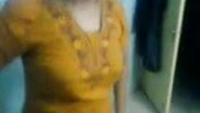 বালিকা, বাংলা চুদাচুদি xnxx কামে দিশাহারা মহিলার