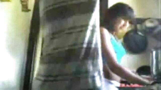 তিনে মিলে, দ্বৈত বাংলা xnxx video মেয়ে ও এক পুরুষ,