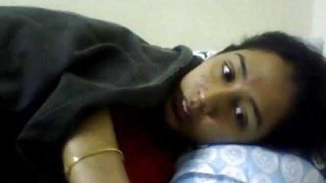 বড় সুন্দরী মহিলা, বড়ো পোঁদ, মোটা, উদ্ভট কল্পনা www বাংলা xxx video com
