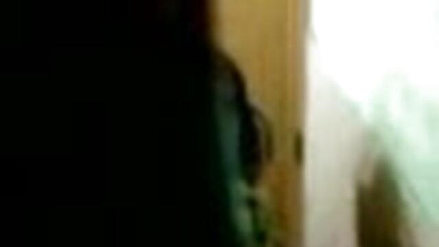 মানুষ একটি নির্দিষ্ট দৃশ্য সম্পর্কে যৌন মধ্যে রান্নাঘর এবং লিভিং রুমে বাংলা sexx