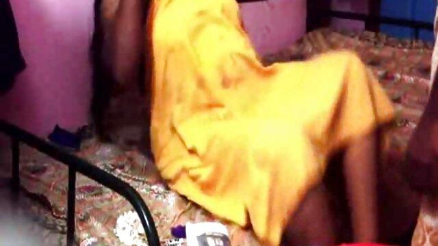 বাস্তবতা, বাড়ীতে বাংলা চোদাচুদি xxx তৈরি