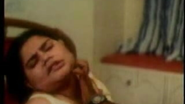 বড়ো পোঁদ বাংলা xxx video com সুন্দরী বালিকা পায়ু বড়ো মাই