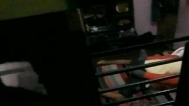 মেয়েদের xxx video বাংলা হস্তমৈথুন স্বর্ণকেশী সুন্দরি সেক্সি মহিলার