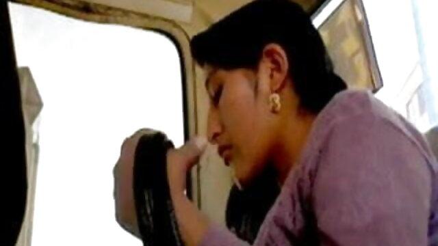 রাশিয়ান মোড় প্রসারিত একজন প্রোগ্রামার, এবং পর্দার সামনে গরম মসলা সেক্স এটা দিয়ে খেলতে
